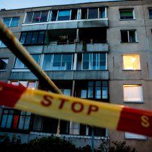 Ugniagesiai Vilniuje iš degančio buto išgelbėjo vaiką