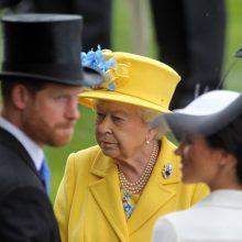 Britų karalienė pasveikino hercogienę Meghan su 40-uoju gimtadieniu