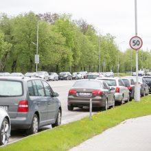 Kaunas ruošia nepopuliarius, bet būtinus sprendimus automobilių užgultose teritorijose