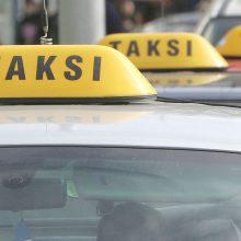 Nuo liepos 1 dienos – nauja leidimų taksi ir pavežėjams išdavimo tvarka