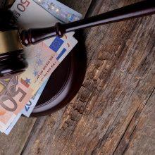 Teismas pradeda nagrinėti bylą iš tyrimo dėl plataus masto korupcijos teisinėje sistemoje