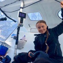 Paauglė klimato aktyvistė G. Thunberg jachta antradienį turėtų pasiekti Niujorką