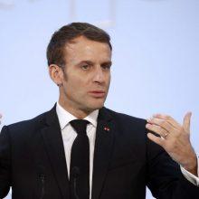 E. Macronas: Prancūzija siūlo reformuoti Šengeno susitarimą