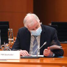 Vokietijos vidaus reikalų ministrui nustatytas koronavirusas