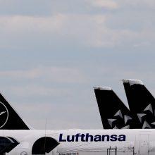 """""""Lufthansa"""" iki pirmadienio atšaukia skrydžius į Izraelį"""