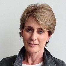 Rašytoja A. Brown: kalėjime leidau laiką su žudikais, iškrypėliais ir padegėjais