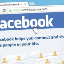 """""""Facebook"""" uždraus skelbti Holokaustą neigiantį ir jo faktus iškreipiantį turinį"""