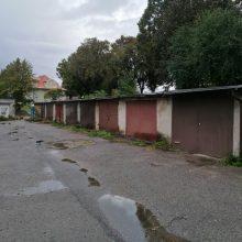 Garažai svarbiau už naują gatvę?