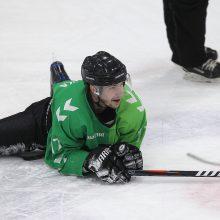 """Lietuvos čempionato finalas prasidėjo užtikrinta """"Kaunas Hockey"""" pergale"""