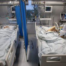 A. Veryga: svarstoma medikams privalomai nurodyti ligoninėse gydyti COVID-19 pacientus