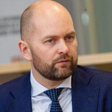 Atleistas Kelių direkcijos vadovas V. Andrejevas: ministras prašė nebevykti į darbą