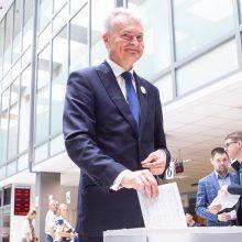 Diskusijose apie kartelę Seimo rinkimams G. Nausėda remia 4 proc. ribą