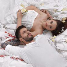 I. Zasimauskaitė ir J. Jarutis įsiamžino romantiškoje fotosesijoje