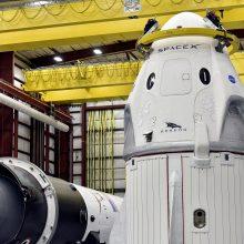"""Sutrikus TKS energijos sistemai atidėtas """"SpaceX"""" krovinių kapsulės skrydis"""
