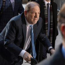 H. Weinsteinas nuvežtas į liūdnai pagarsėjusį Niujorko Raikerso kalėjimą