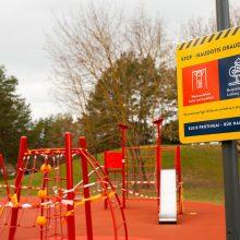 Kaune žaidimų ir treniruoklių aikštelėse – įspėjantys ženklai