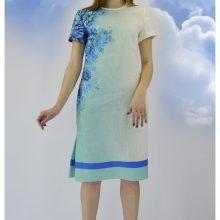 Sukurdama laisvalaikio kostiumą iš lino dizainerė N.  Šakelienė nustebino gerbėjus