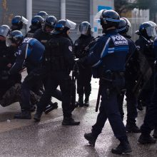 Šeštadienio protestuose Paryžiuje dirbs apie 8 tūkst. policininkų