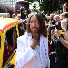 Apvalūs J. Lennono akiniai nuo saulės bus parduoti aukcione