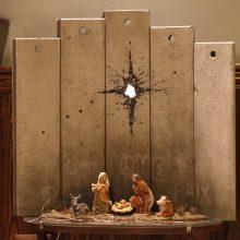 """Menininkas Banksy pristatė prakartėlę """"Betliejaus randas"""""""