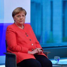 A. Merkel sako tikrai neketinanti siekti perrinkimo penktai kadencijai