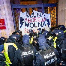 Lenkijoje per naujausius protestus prieš abortus sulaikyti keli žmonės