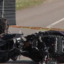 Motociklininko gyvybę nusinešusią avariją sukėlusiam girtam vyrui skirtas laisvės atėmimas