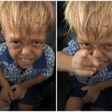 Patyčias patyręs berniukas sugraudino pasaulį: vaizdo įrašu dalijasi milijonai