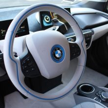 Iš prekybos centro stovėjimo aikštelės pavogė BMW, nuostolis – 70 tūkst. eurų