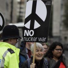 ES ragina Rusiją ir JAV toliau mažinti branduolinius arsenalus