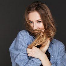 Plaukų priežiūra: šeši naudingi vaistininkės patarimai