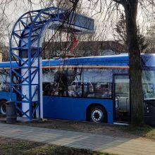 Į Šviesų festivalį lankytojus kviečia atvykti traukiniais ir elektriniais autobusais
