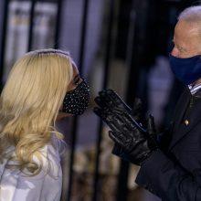 J. Bideno inauguracijoje – ir Lady Gaga bei J.  Lopez