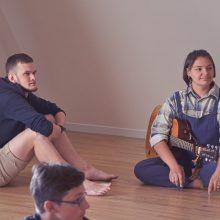 Jaunųjų dainų autorių stovykla – savaitė kūrybinio džiaugsmo bendraminčių būryje