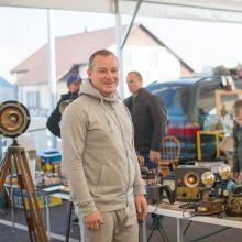 Talentingas Kauno rajono gyventojas sendaikčius paverčia unikaliais šviestuvais