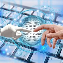 Informaciją, susijusią su COVID-19, teiks ir automatizuotas pokalbių robotas