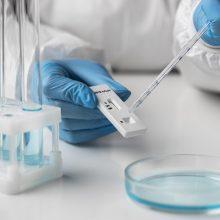 Naujas tyrimas atskleidė, kaip COVID-19 gali plisti paskiepytų asmenų grupėse