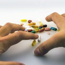ES vaistų agentūra perspėja saugotis internete siūlomų netikrų vaistų nuo COVID-19
