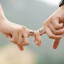 Kuo pasižymi sveiki poros santykiai?