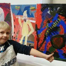 Genai: investicija į talentų lavinimą atsiperka. Jonas jau  tapytojas su stažu.