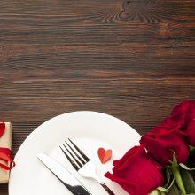 Valentino diena virtuvės naujokams: paprasti receptai, kuriais nustebinsite mylimąjį