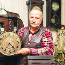 Laikrodininkas A. Bilvinas: namuose turi būti širdžiai mielas kampelis