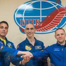 Į TKS kylantys astronautai ėmėsi ypatingų saugumo priemonių dėl koronaviruso