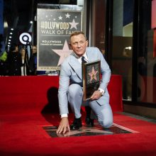 Aktorius D. Craigas pagerbtas žvaigžde Holivudo šlovės alėjoje