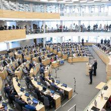 Seime – pirmasis Konstitucijos pataisos priėmimas dėl kandidatavimo į Seimą nuo 21-erių