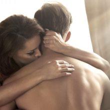 Saugūs lytiniai santykiai – tik dėvint kaukes?