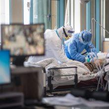 Ligoninėse dėl koronaviruso gydoma 13 žmonių