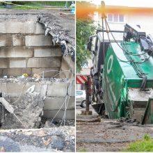 Įgriuva Kauno centre vis dar žioji: apie problemą kalbėta ne vieną dešimtmetį