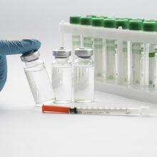"""""""Pfizer"""": vakcina saugi vaikams nuo 12 metų"""