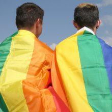 Šveicarai pritarė diskriminaciją dėl seksualinės orientacijos draudžiančiam įstatymui